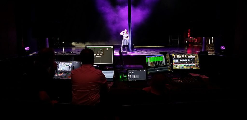 Tracking audio with d&b plugin for DS100 Soundscape at Russelsheim Theater